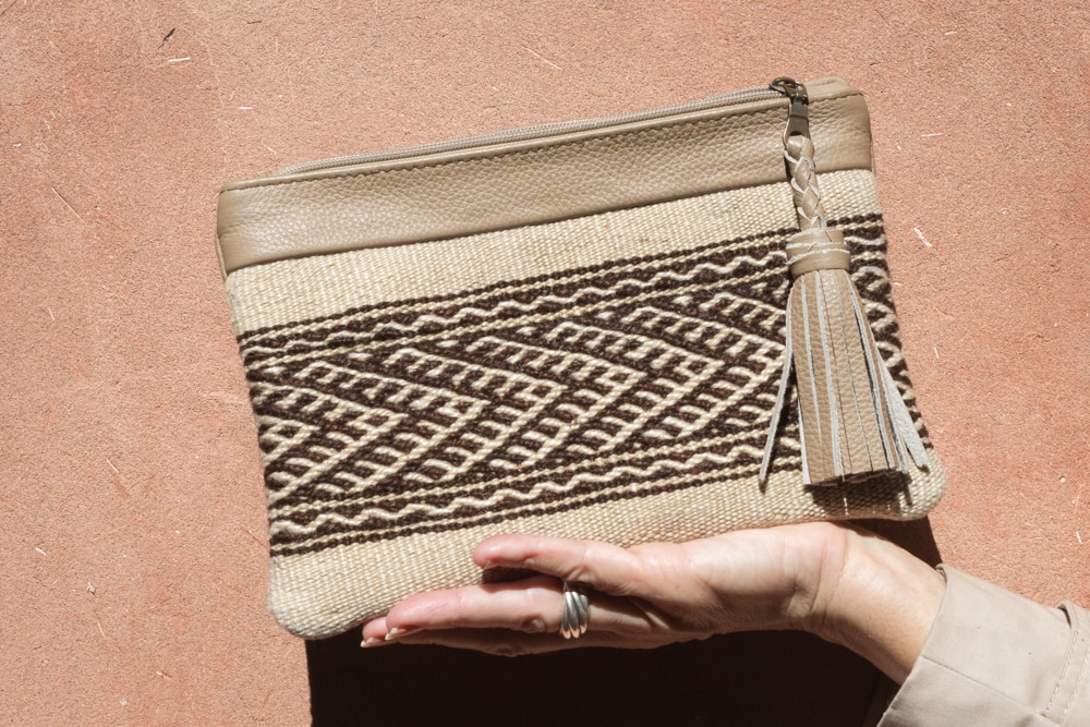 women leather handbag in zanafi carpet handmade by our artisans in Morocco brand flo and jouls